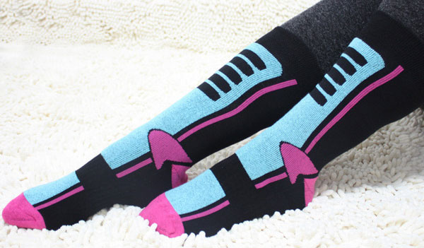 FREE-Ski-Socks