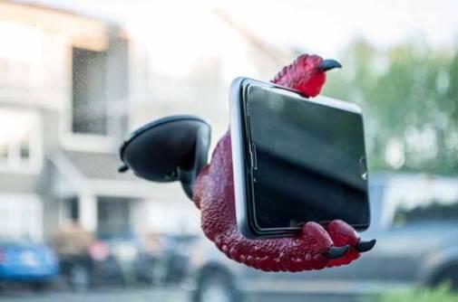 phone-claw-1