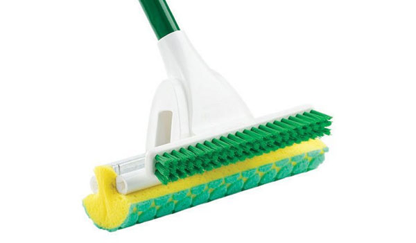 Free-Nitty-Gritty-Roller-Mop