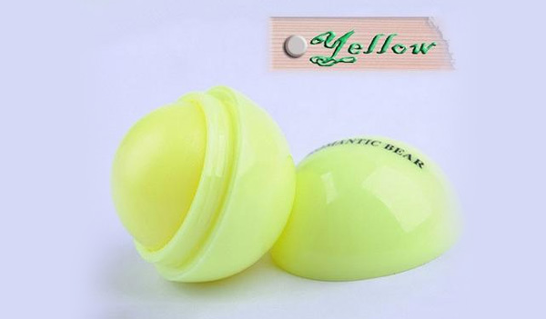 free-yellow-ball-lip-balm